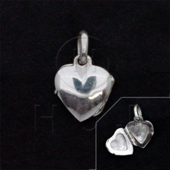 Sterling Silver Plain Heart Locket 20mm x 15mm (LOC-PH-1072)