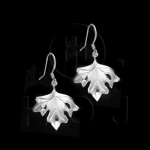 Silver Plain Dangle Earrings Maple Leaf (ED4135)