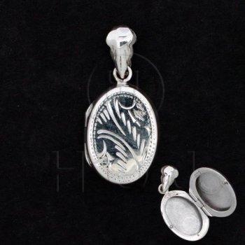 Silver Engraved Locket Pendant Oval 14x18mm (LOC-OE-1016)